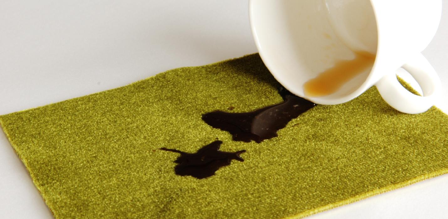 モケットグリーンにコーヒーをこぼしてみた