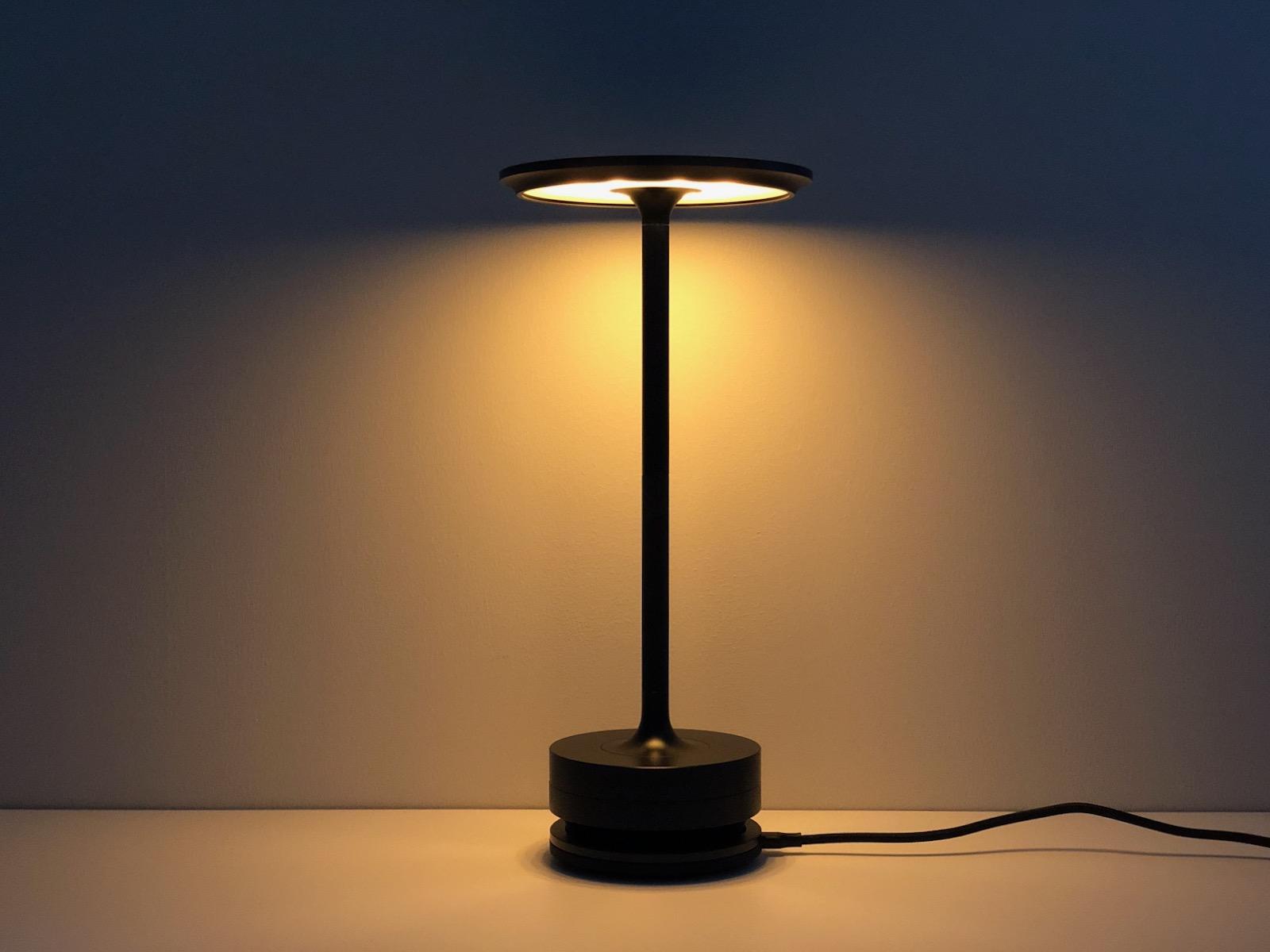 充電中でも灯ります