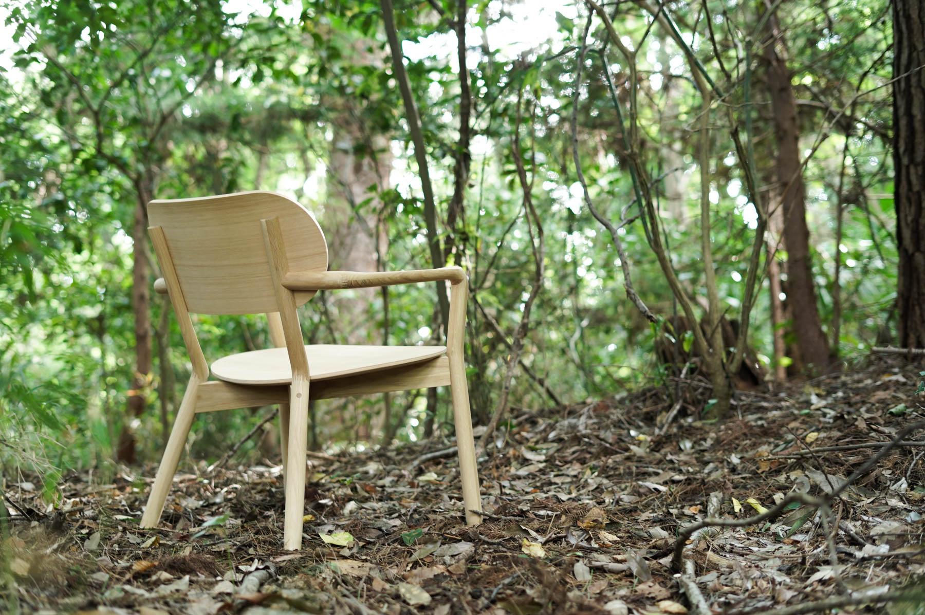 森の中でKNSキャストールローチェア